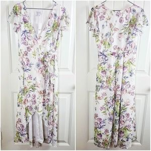 5c93ea504b95 New York & Company Dresses - NYC Sweet Pea Flutter Sleeve Floral Maxi Dress